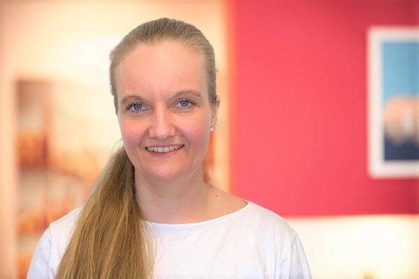 Janine Eckel